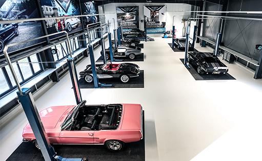Halle des V8 Werk in Pirna bei Dresden
